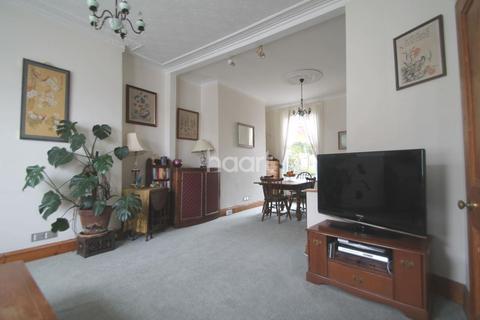 3 bedroom end of terrace house for sale - Desborough Road, St. Judes