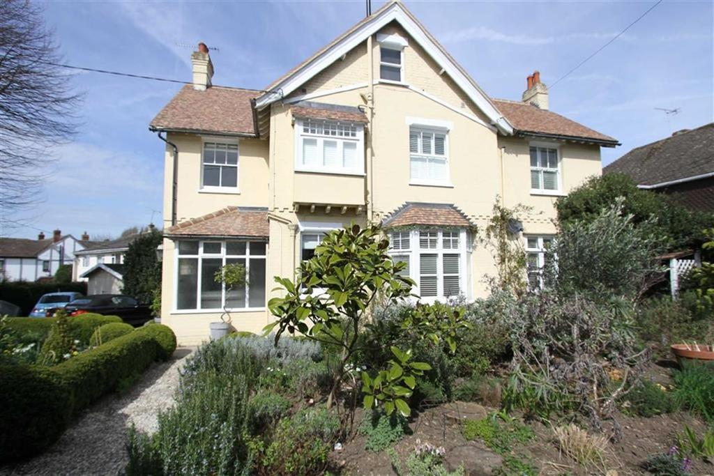 5 Bedrooms Detached House for sale in Western Road, Billericay, Essex, CM12 9DT