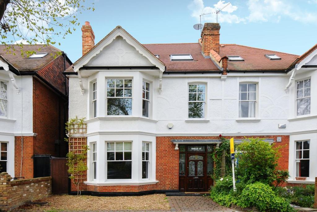5 Bedrooms Semi Detached House for sale in Hadley Gardens, Chiswick, W4