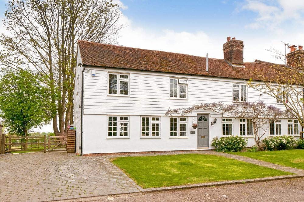 4 Bedrooms Semi Detached House for sale in Lested Lane, Chart Sutton, ME17