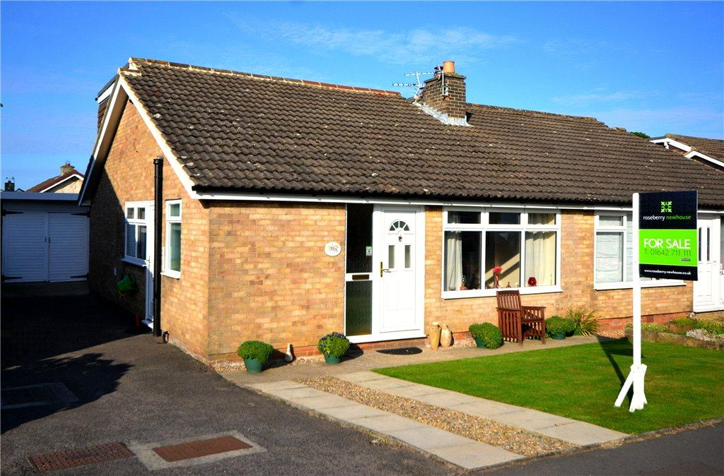3 Bedrooms Semi Detached House for sale in Wainstones Drive, Great Ayton, North Yorkshire