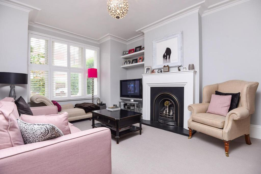 5 Bedrooms Terraced House for sale in Sternhold Avenue, Balham, SW2