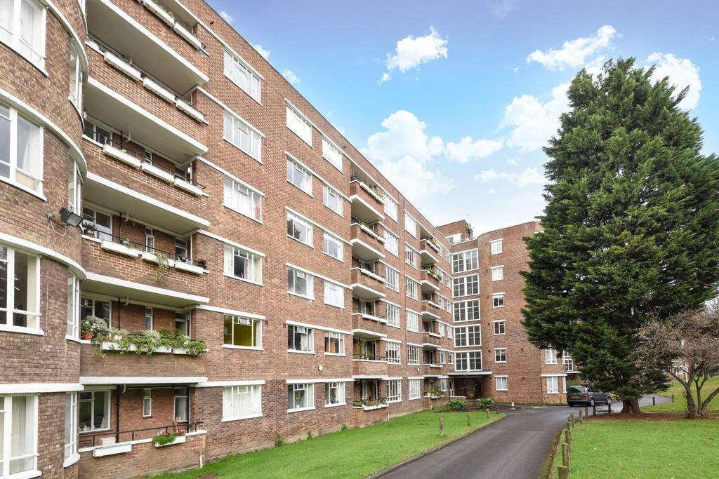 2 Bedrooms Flat for sale in Champion Hill, Camberwell, SE5