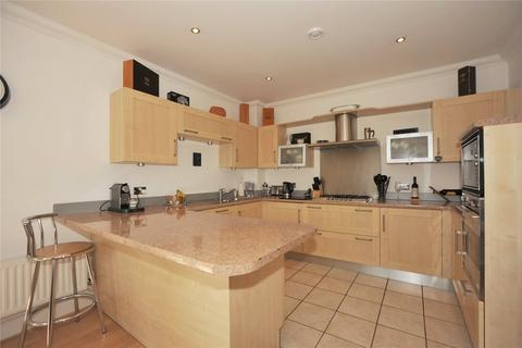 1 bedroom apartment for sale - Fisher Court, Rhapsody Crescent, Brentwood, Essex, CM14