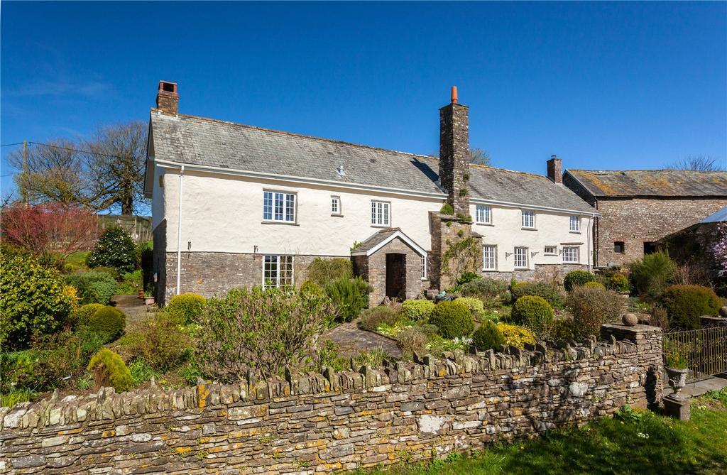 4 Bedrooms Detached House for sale in Stoke Rivers, Near Barnstaple, Devon, EX32