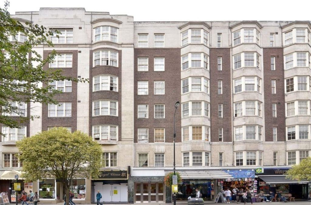 3 Bedrooms Apartment Flat for sale in Queensway, London