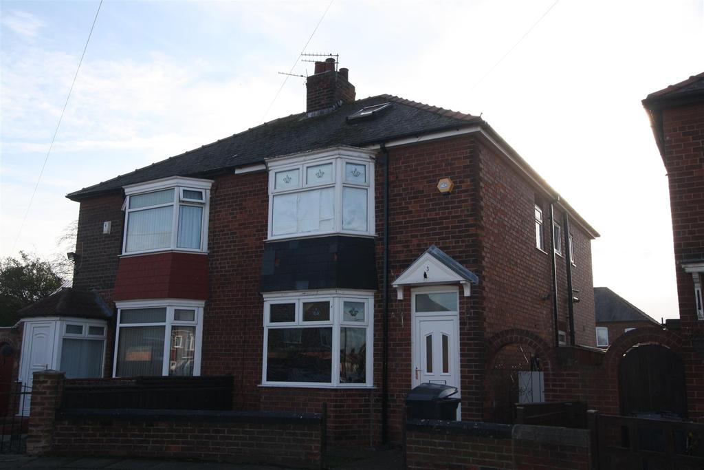 4 Bedrooms Semi Detached House for sale in Marina Road, Darlington