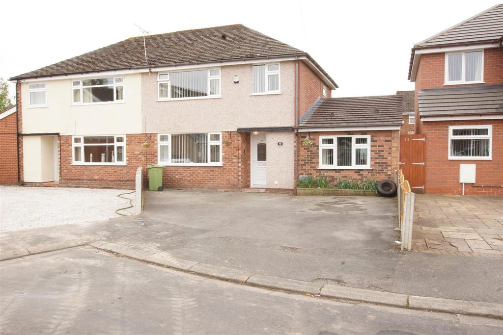4 Bedrooms Semi Detached House for sale in Halton Crescent, Great Sutton, CH66 2LD