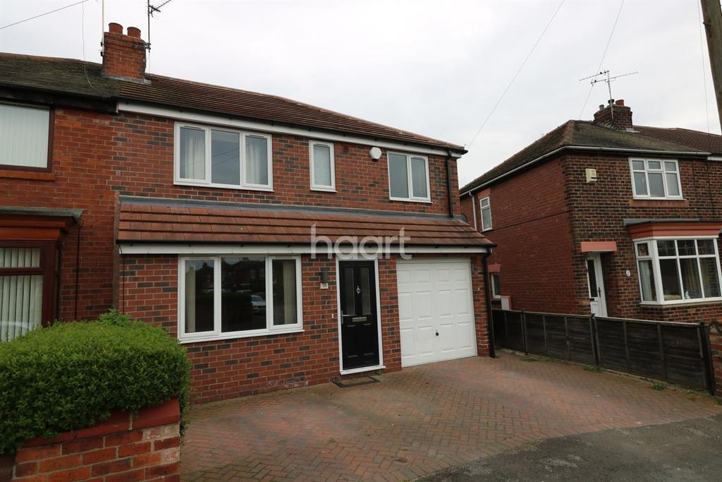 4 Bedrooms Semi Detached House for sale in Doncaster