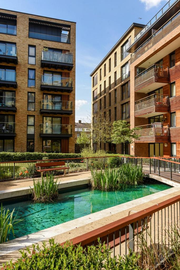 2 Bedrooms Flat for sale in Needleman Street, Canada Water, SE16