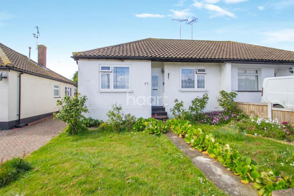 2 Bedrooms Bungalow for sale in Benfleet