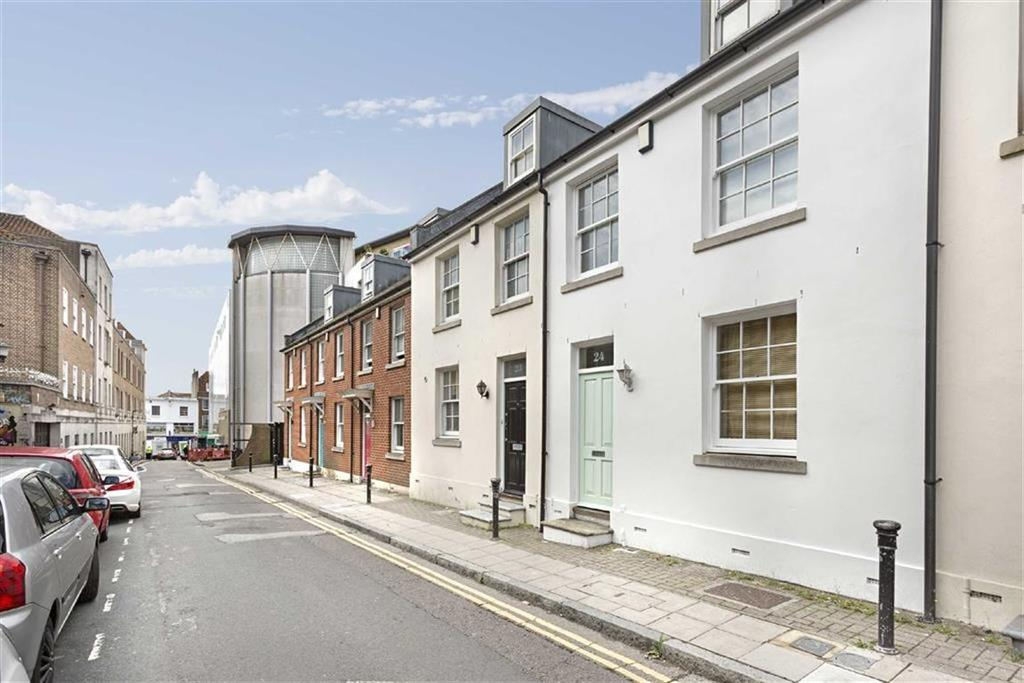4 Bedrooms Terraced House for sale in Portland Street, Brighton