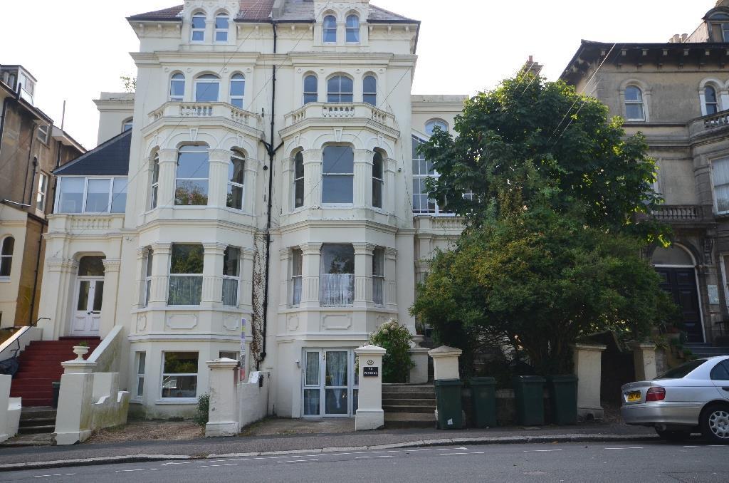 1 Bedroom Flat for sale in Cornwallis Gardens, Hastings