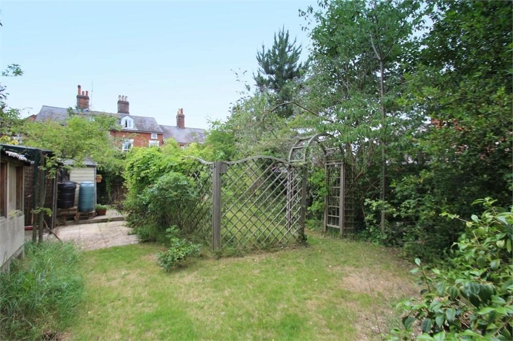 4 Bedrooms Town House for sale in Wellesley Road, Colchester, Essex