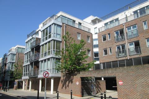 1 bedroom flat to rent - Queen Anne House, Admiralty Road, Portsmouth, PO1