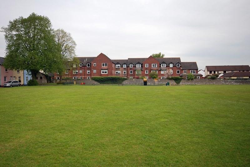 1 Bedroom Retirement Property for sale in Salisbury Road, Newton Abbot