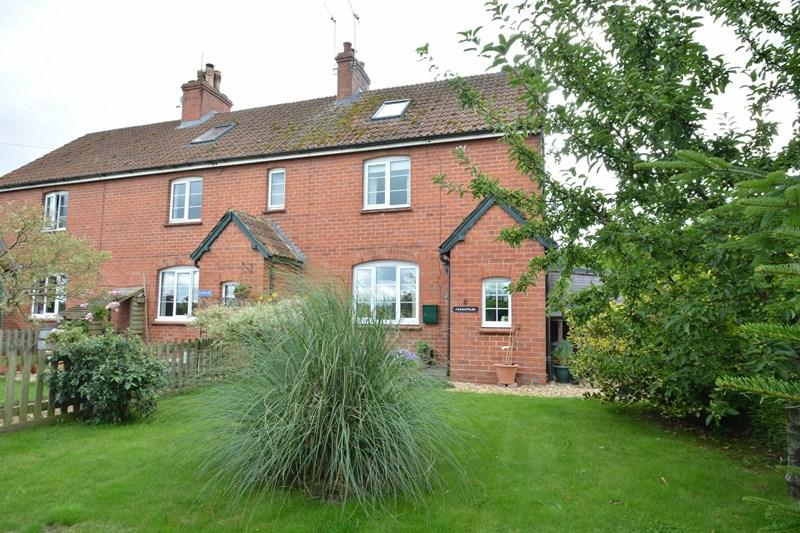 3 Bedrooms End Of Terrace House for sale in 6 Farm Cottages, Great Shoddesden, Andover