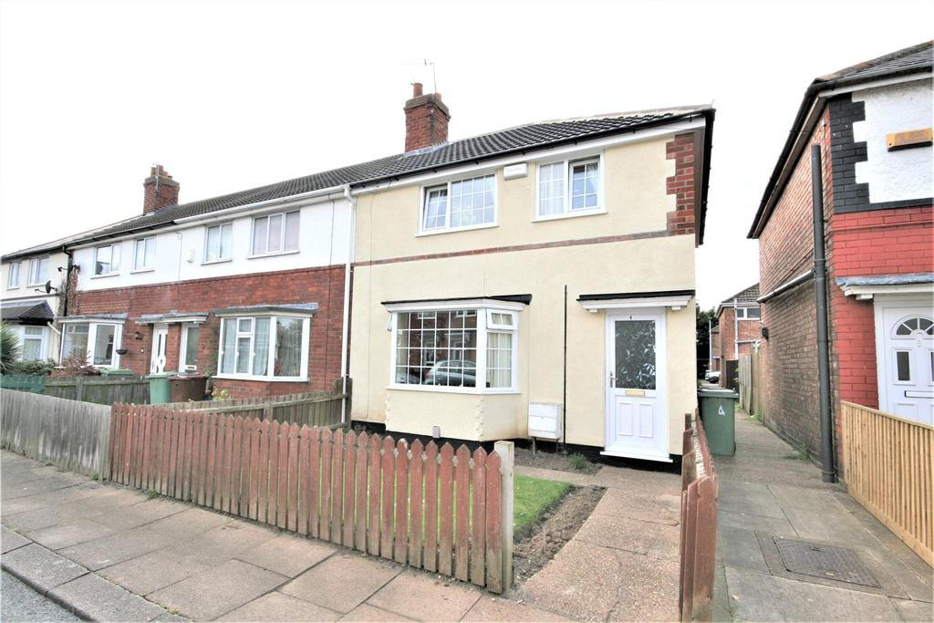 3 Bedrooms End Of Terrace House for sale in St Francis Avenue, Grimsby, DN31