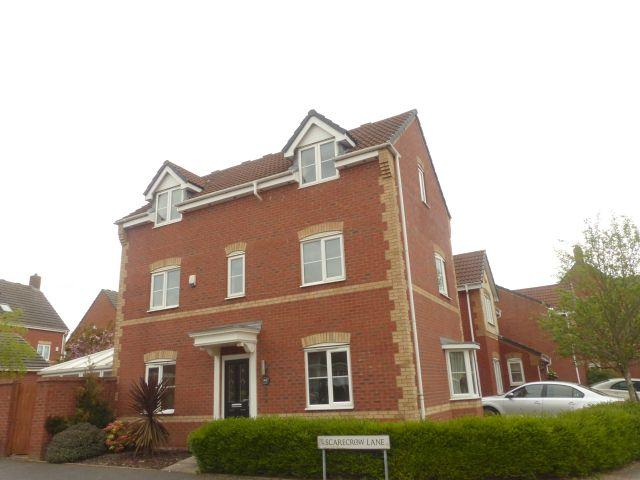 4 Bedrooms Detached House for sale in Scarecrow Lane,Four Oaks,Sutton Coldfield