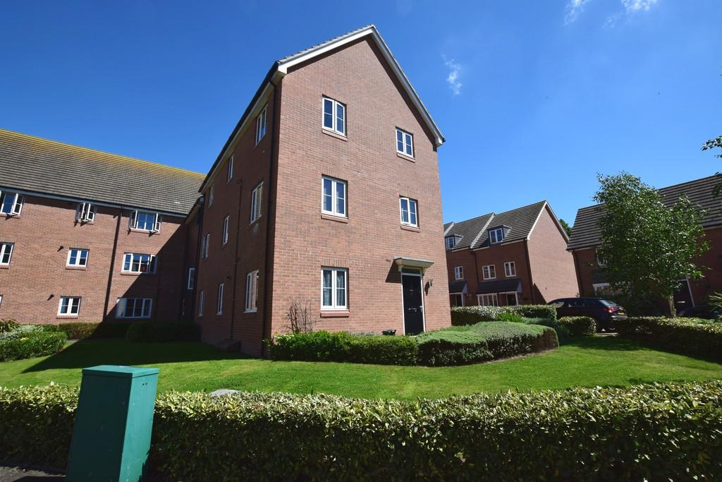 2 Bedrooms Ground Flat for sale in Perryfields, Braintree, CM7