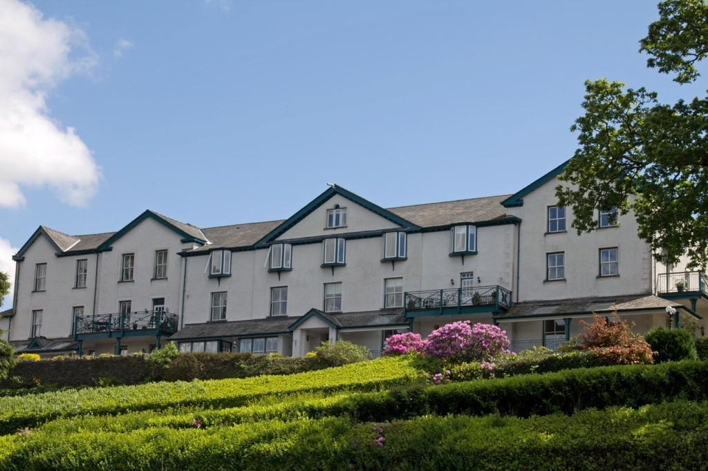 3 Bedrooms Apartment Flat for sale in 14 Crown Rigg, Brantfell Road, Windermere, Cumbria, LA23 3AE