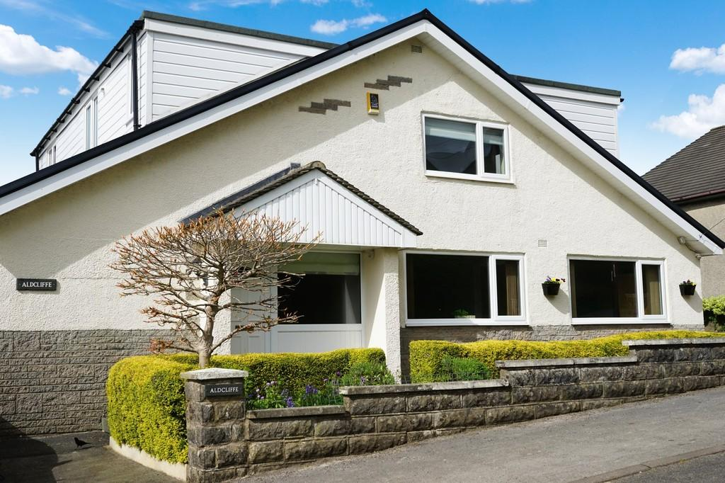 5 Bedrooms Detached House for sale in Aldcliffe, Vicarage Lane, Burton In Kendal
