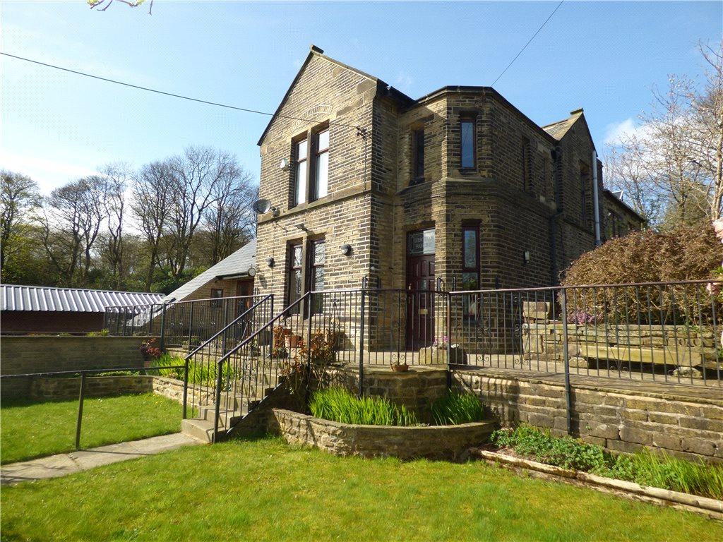 5 Bedrooms Unique Property for sale in Station House, Station Road, Denholme, Bradford
