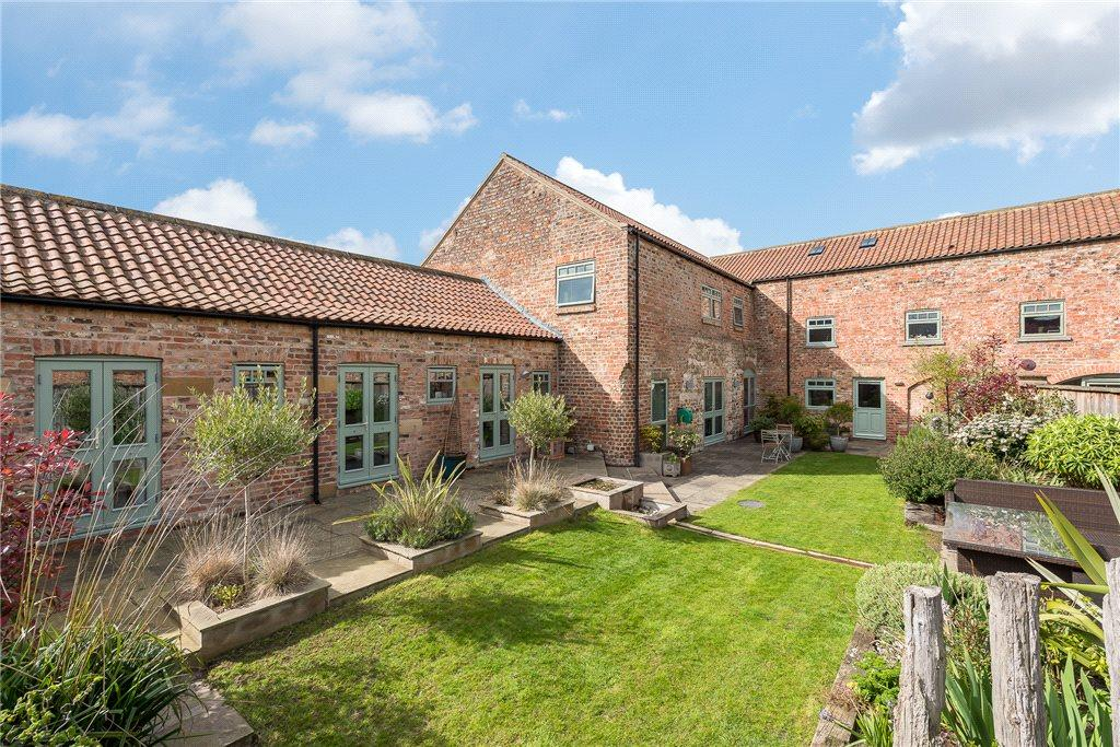 5 Bedrooms Unique Property for sale in Marsland Barn, Sharow, Ripon, North Yorkshire