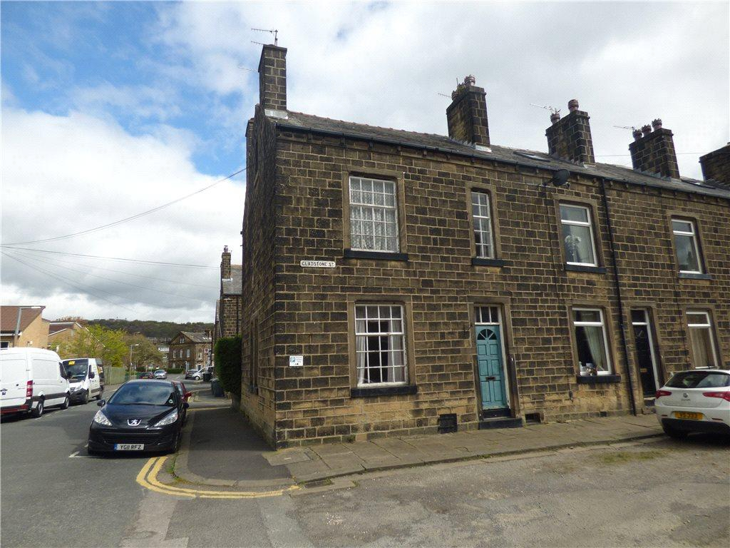 4 Bedrooms End Of Terrace House for sale in Gladstone Street, Bingley, West Yorkshire