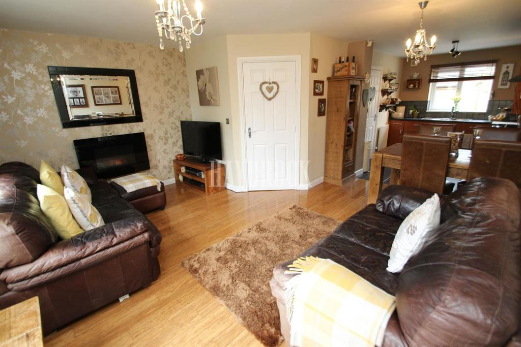 3 Bedrooms End Of Terrace House for sale in Ridge View Drive, Wincobank