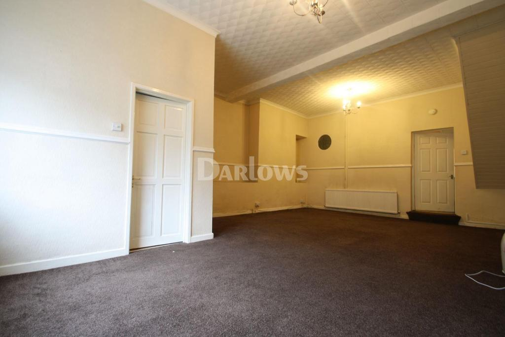 3 Bedrooms Terraced House for sale in East Rd, Tylorstown