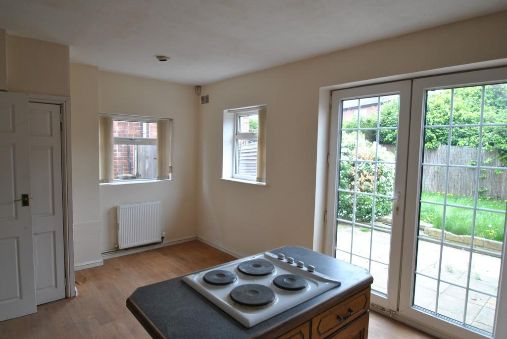 3 Bedrooms Semi Detached House for sale in Harrowden Road, Wheatley