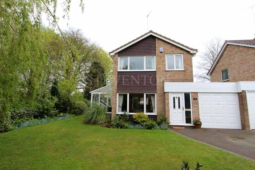 3 Bedrooms Link Detached House for sale in Walden Gardens, Penn, Wolverhampton