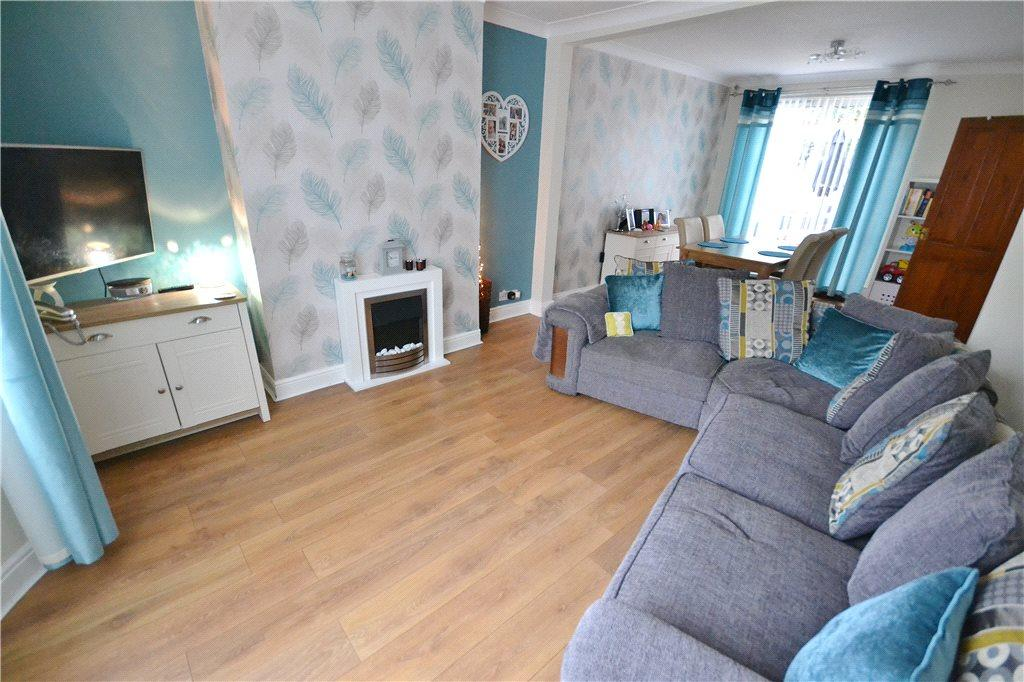 3 Bedrooms Semi Detached House for sale in Southfield Crescent, Norton, Stockton On Tees