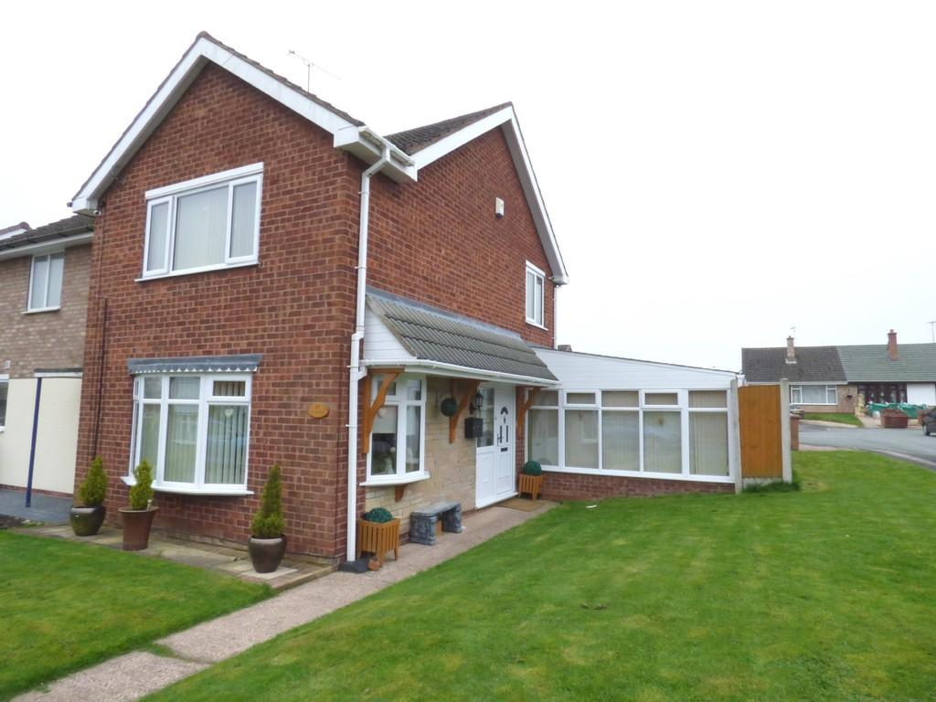 2 Bedrooms Semi Detached House for sale in Wordsworth Avenue, Stafford