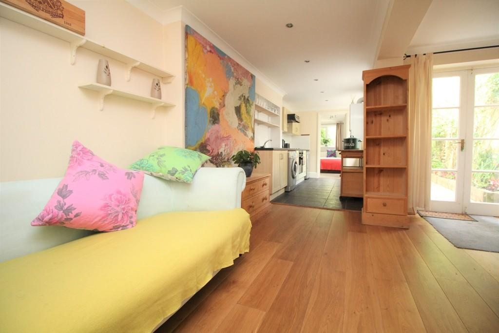 2 Bedrooms Apartment Flat for sale in Norfolk Road, Brighton, BN1 3AA