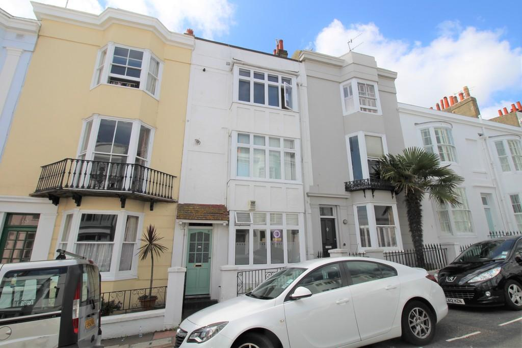2 Bedrooms Apartment Flat for sale in Norfolk Road, Brighton