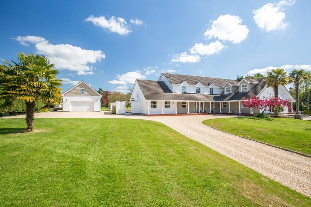 5 Bedrooms Detached House for sale in Newtown, West Pennard