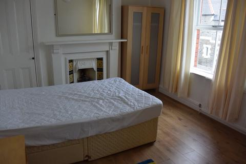 3 bedroom house to rent - Moy Road, , Roath