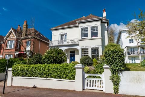 6 bedroom detached house for sale - West Drive, Brighton, BN2
