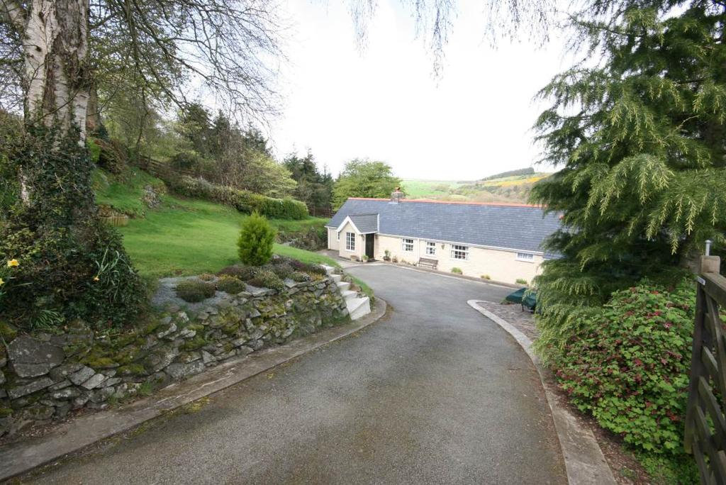 3 Bedrooms Detached House for sale in Bryn Y Gwynt LLangernyw Road, Betws Yn Rhos, LL22 8BU