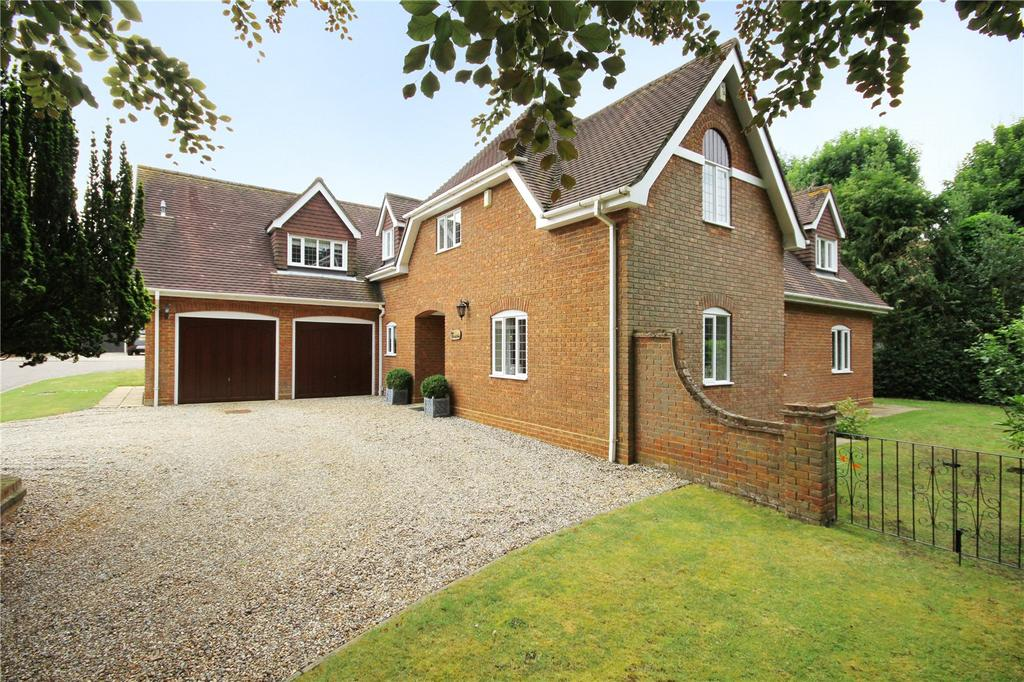 5 Bedrooms Detached House for sale in Laureldene, Hadham Cross, Much Hadham, Hertfordshire, SG10