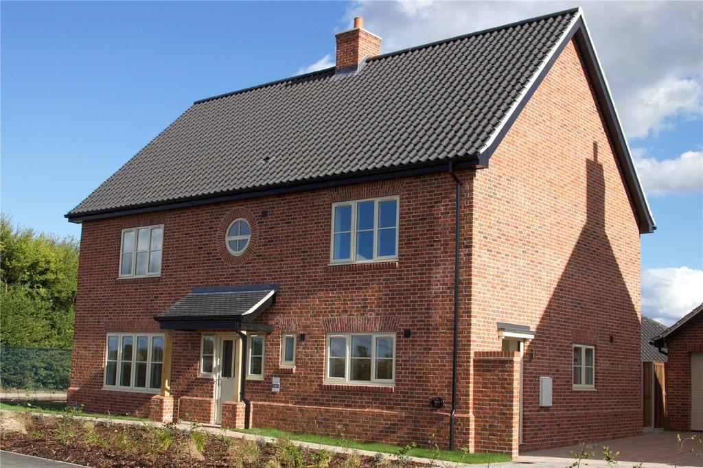 4 Bedrooms Detached House for sale in Plot 1 Newlands Gate, Bunwell Road, Spooner Row, Wymondham, NR18