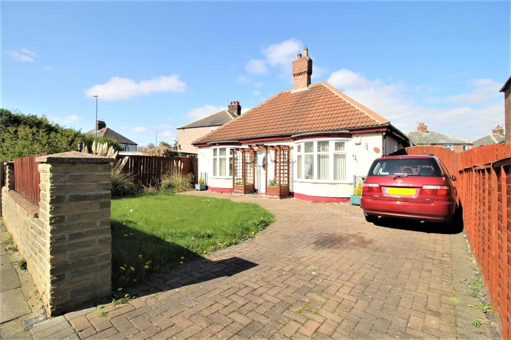 2 Bedrooms Detached Bungalow for sale in Millbank Lane, Thornaby, Stockton-On-Tees