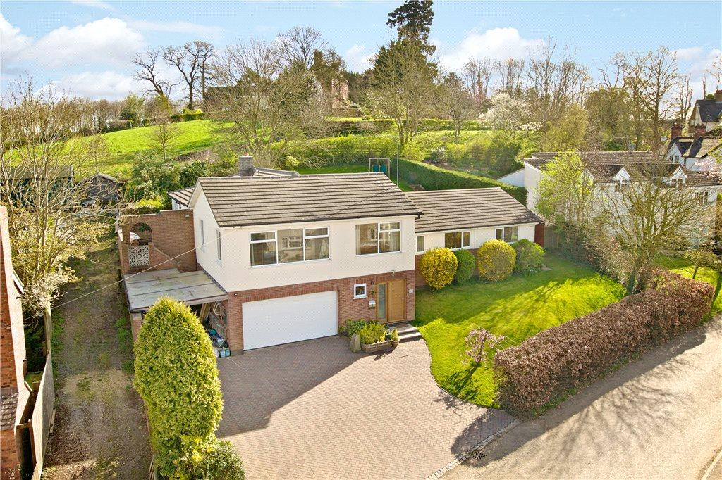 4 Bedrooms House for sale in Oxendon Road, Arthingworth, Northamptonshire