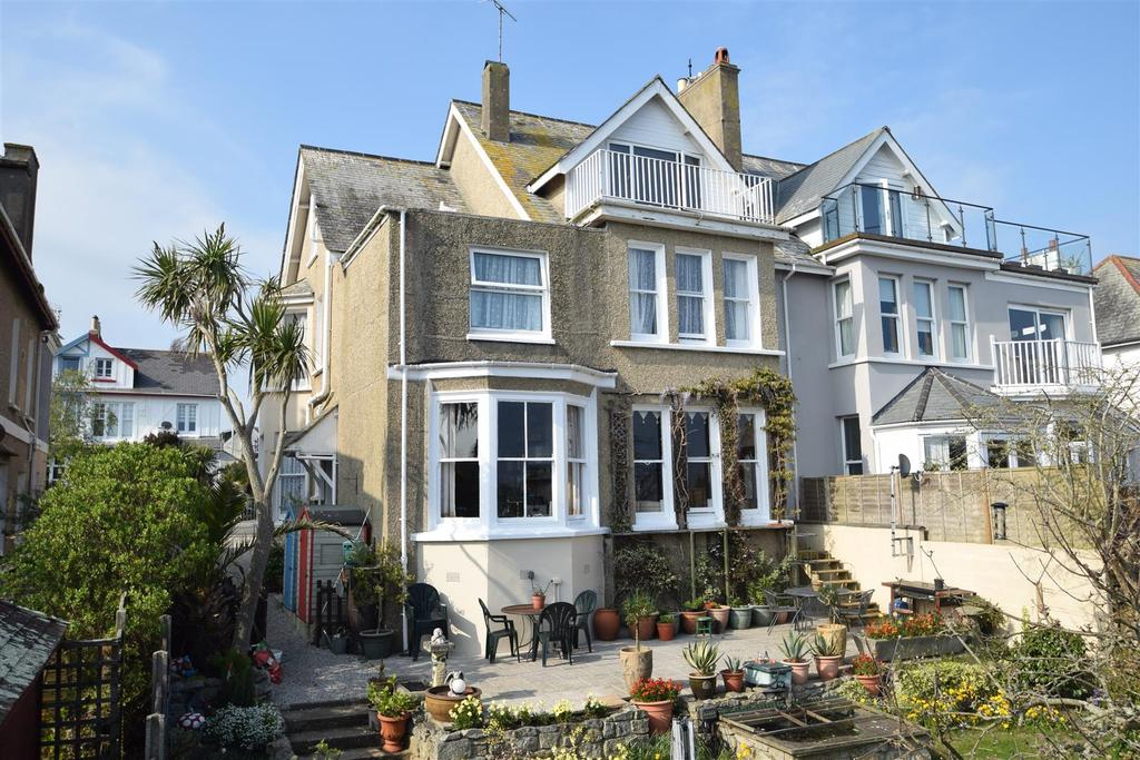 7 Bedrooms Semi Detached House for sale in Gyllyngvase Terrace, Falmouth