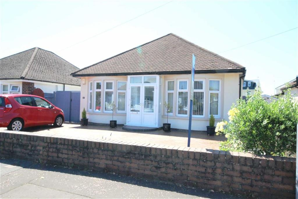 3 Bedrooms Detached Bungalow for sale in Heol Ifor, Whitchurch, CARDIFF