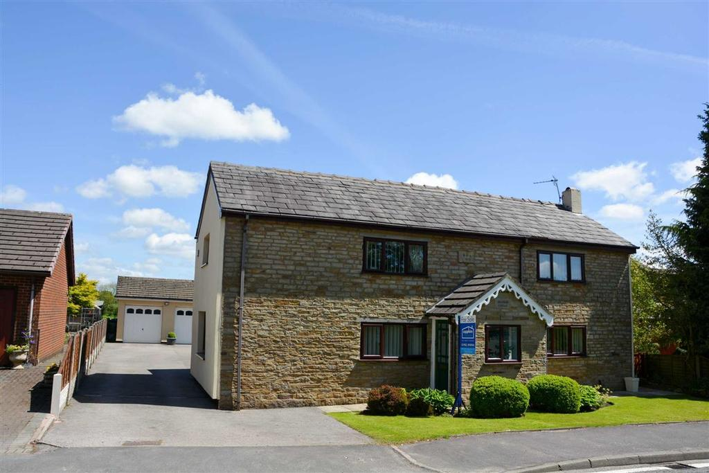 4 Bedrooms Cottage House for sale in Hall Lane, Aspull, Wigan, WN2