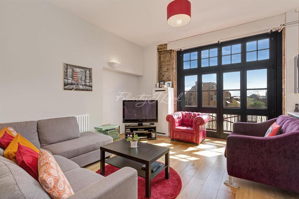 2 Bedrooms Flat for sale in Breezers Court, Wapping, E1