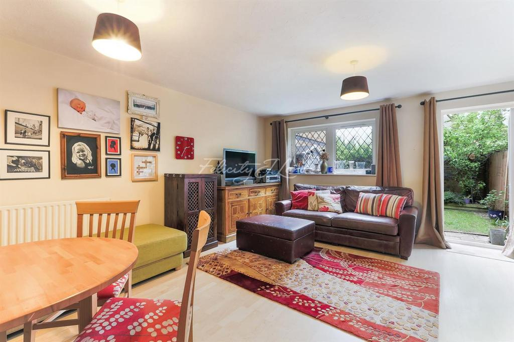 3 Bedrooms End Of Terrace House for sale in Undine Road, E14